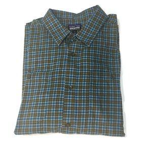 •Patagonia• Organic cotton plaid flannel shirt